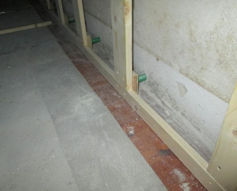 TBB indvendig renovering af væg og loft